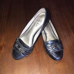 Life stride soft system navy shoes 7.5W